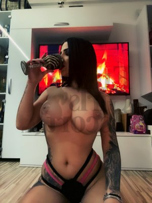Hestia live escort in Beckley & nuru massage