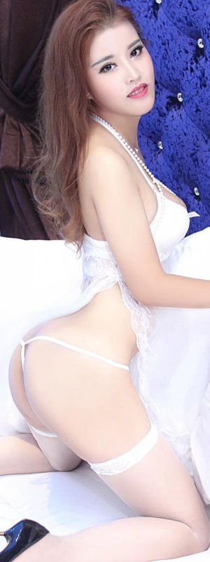 Selsabila nuru massage in St. Helens Oregon